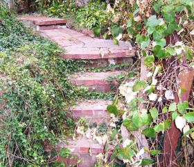 Custom Stonework - Walkway